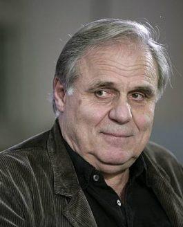 Portrait Josef Bierbichler